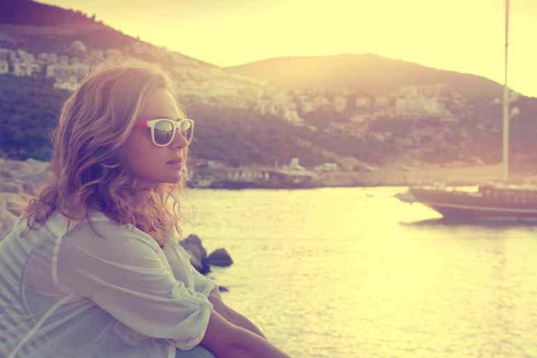 5 Ways to Work With Your Mind to Stop Negative Thoughts