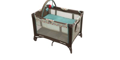 Graco Pack 'n Play On the Go Playard (Twister)