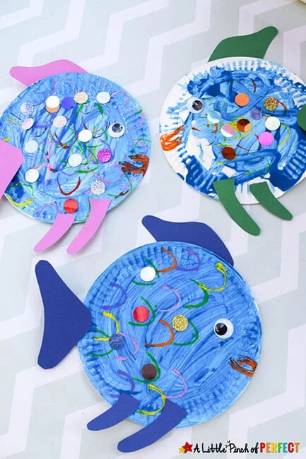 Paper Plate Inspired Rainbow Fish
