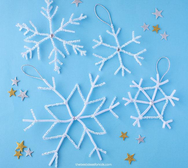 Pipe Cleaner Snowflakes DIY