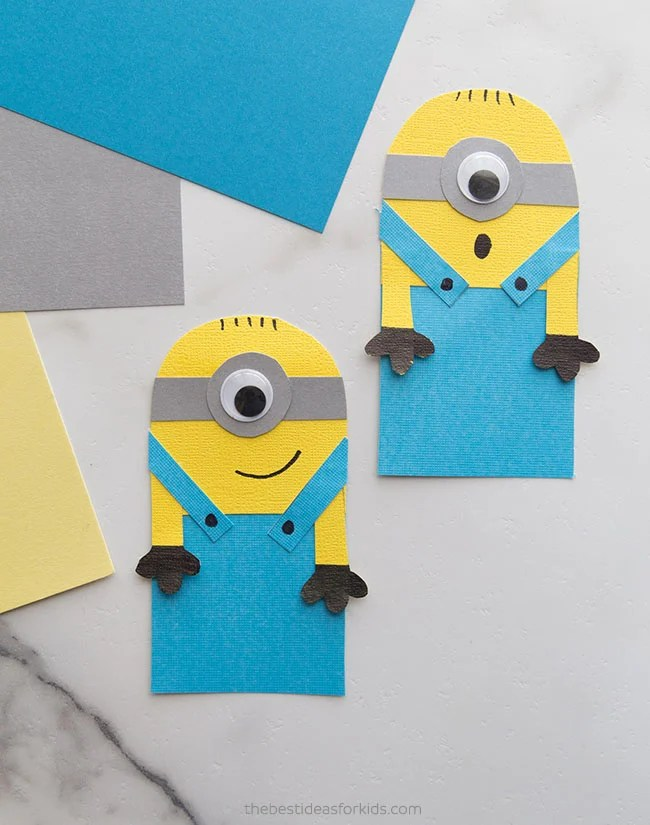 Minion Bookmark Hug Craft
