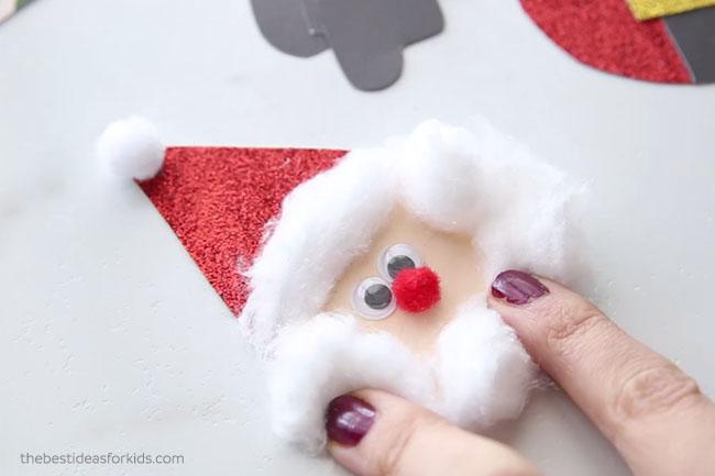 Make Santa Head Clothespin Craft