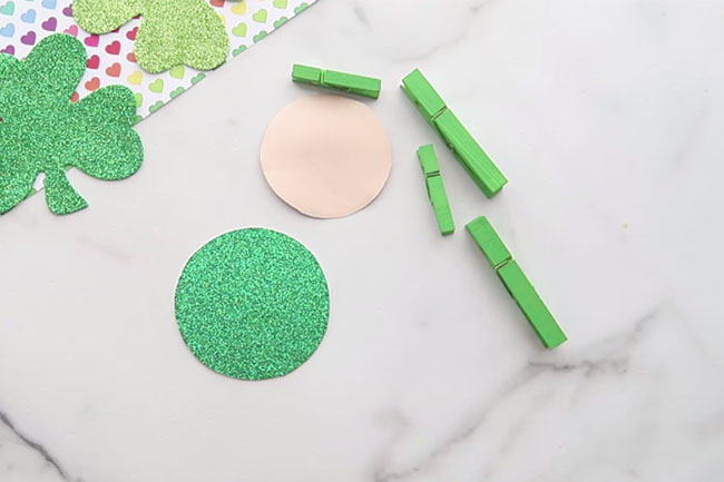 Paint Clothespins Green
