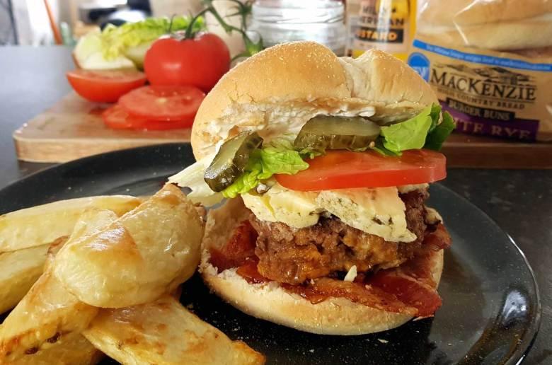 New Zealand's Top Mummy Blogger Parenting Travel Blog Family yarns Kiwi Kids Burger patty recipe