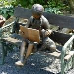 Bambini e persone che leggono ai cani : benefici