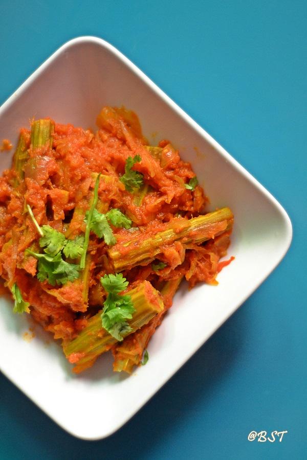 Tamatar Moonge Ki Phalli Ka Salan ~ Tomato Drumstick Stir Fry