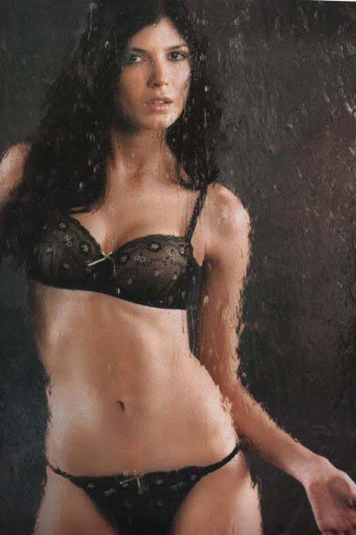 Nicole Faveron bikini
