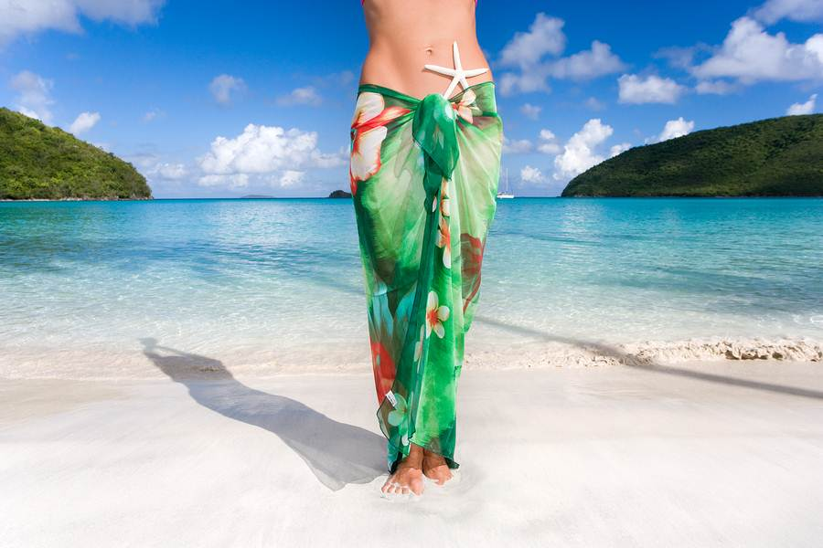 How-To-Tie-A-Sarong-10