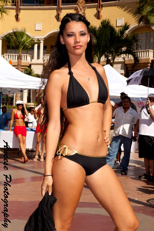 Bikinis For Women with Smaller Chests Black With Two Straps