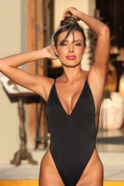 black body shaping one piece swimsuit