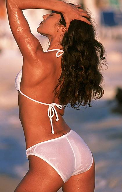 see-thru-when-wet-bikinis-columbian-bikinis