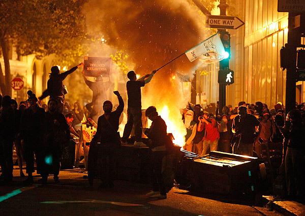 America occupy-oakland-stephen-lam-reuters-nov-3-2011