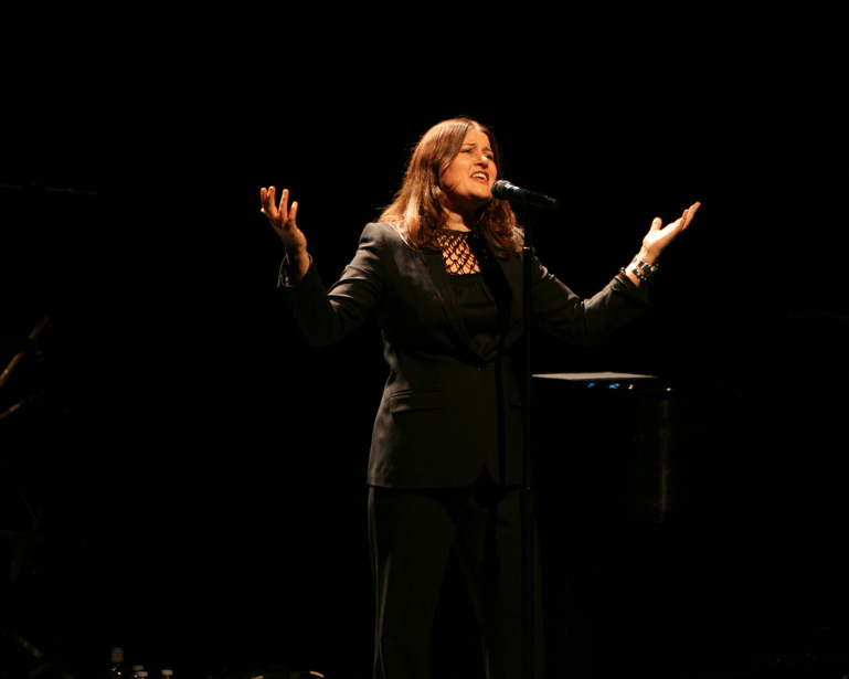 Concert Review: Paula Cole at Yoshi's San Francisco, 5/9/13