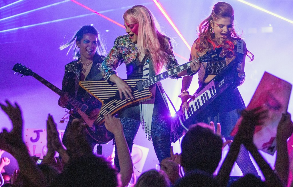 The Binge Podcast: Jem and the Holograms, Room, Suffragette, Our Brand is Crisis