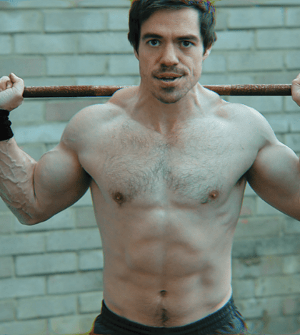 Genetic differences in squat technique