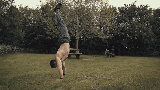 Handstand tips