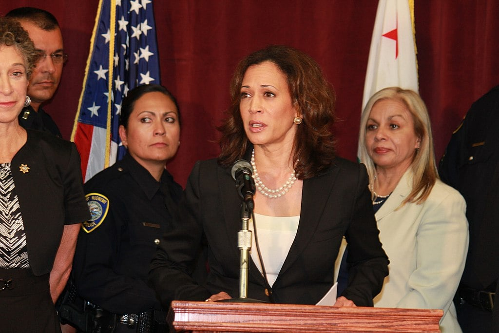 Kamala Harris Goes Beyond Impeachment, Will 'Absolutely' Go After Trump Legally If She's President