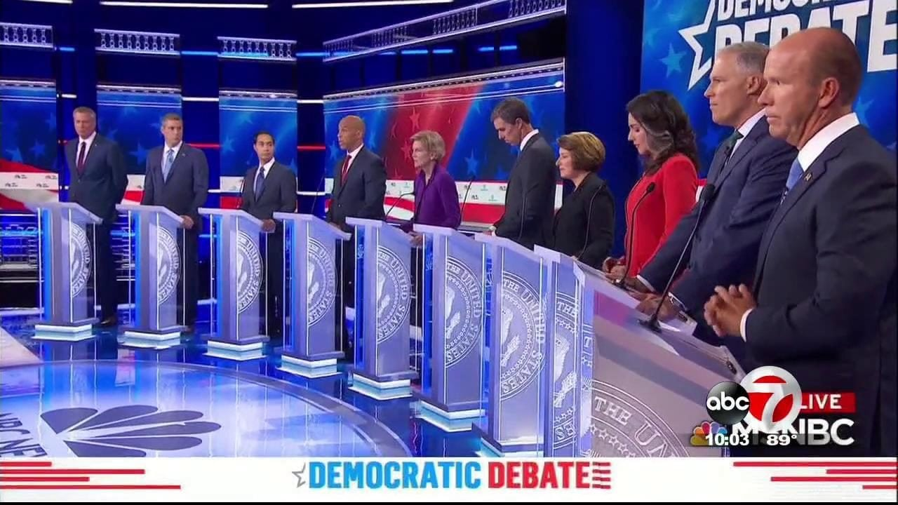 Debate Thumbs Down: Ocasio-Cortez Mocks Democratic Candidates for Being Ill-Prepared, Speaking 'Spanglish'