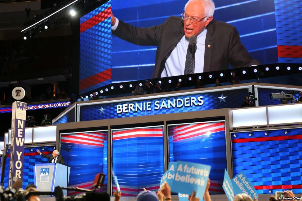 Sanders, Warren Lead Progressives' Poll