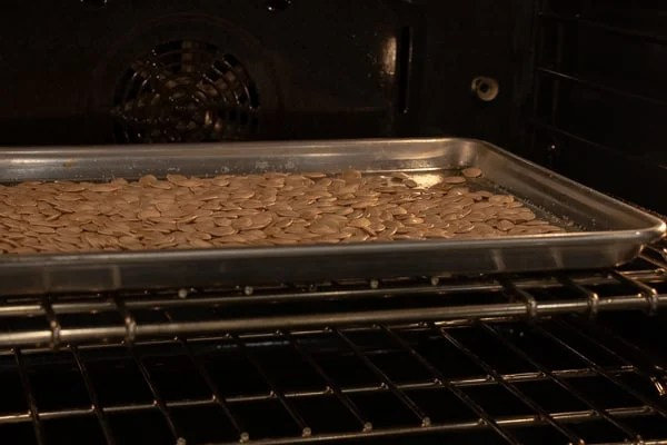 How to Roast Pumpkin Seeds in the Oven Recipe