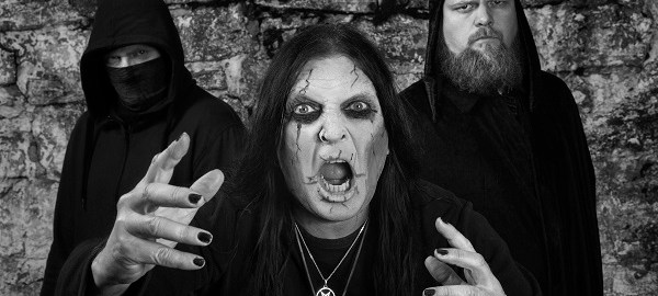 """Crest Of Darkness premiere new Video """"The God Of Flesh"""""""