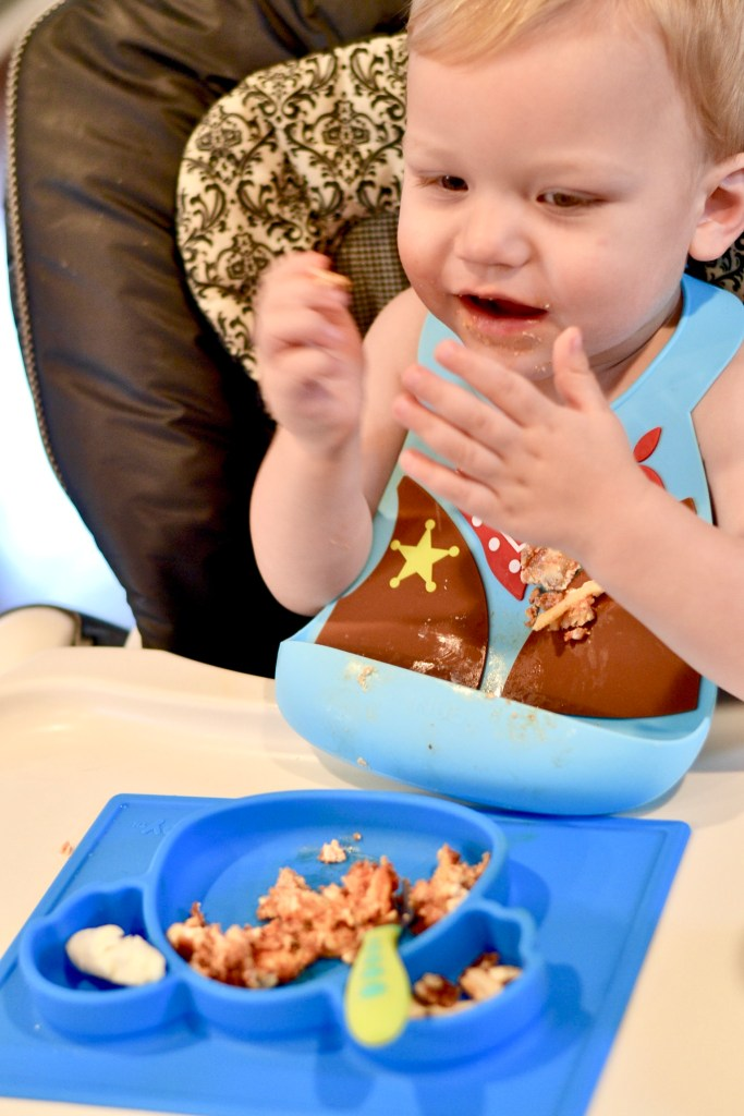 Nuby 3D Silicone Feeding Bib and Surge Grip Feeding Plate - Holiday Feeding with Nuby - The Blessed Mess - www.theblessedmessblog.com