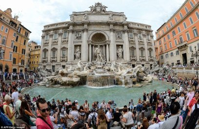 Spectacular View of the Trevi Fountain