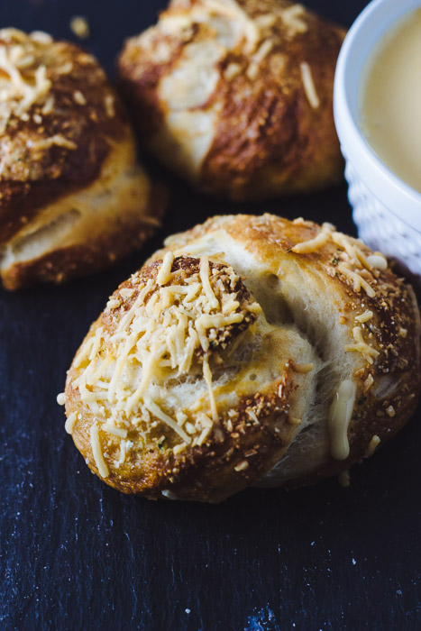 Garlic Pretzel Knots with Cheesy Dipping Sauce