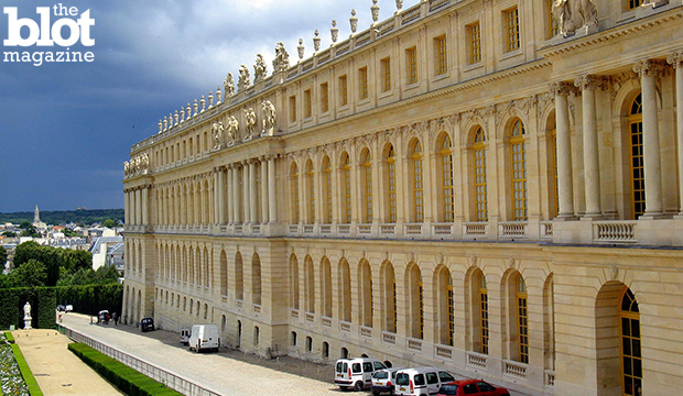 After several terrorism-related incidents, French lawmakers advanced a bill that would create a dragnet surveillance program with very little judicial oversight. Above, Château de Versailles, the meeting place of French parliament, seen in an April 2007 photo. (Anna Fox/Flickr Creative Commons photo)