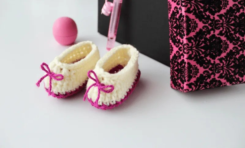 Sweetheart Crochet Baby Booties Pattern |