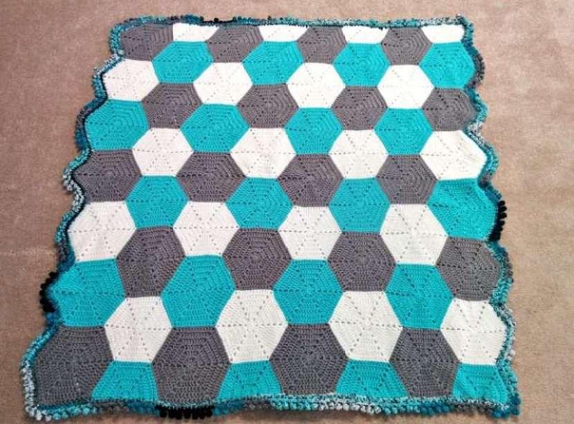 hexagon-baby-blanket-3