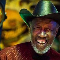 Tail Dragger, blues singer en showman [interview]