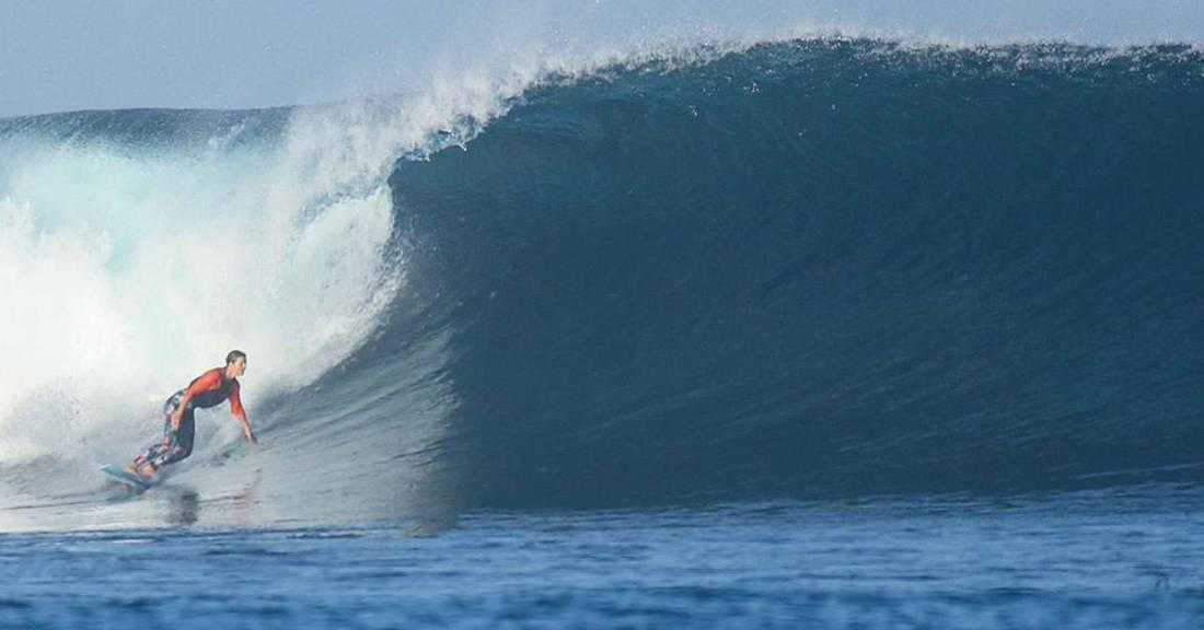 Annie-Boulanger-surfing