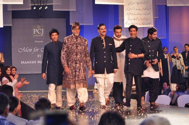 Men for Mijwan: The stars of Bollywood walk the ramp!