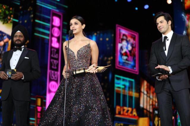 IIFA Awards 2017 | Bollywood leaves America spellbound