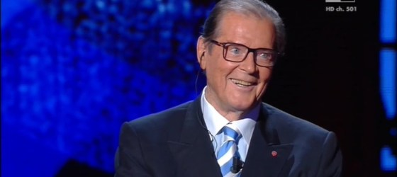 Sir Roger Moore dazzles on Italian TV
