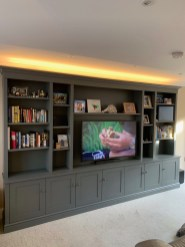 Large freestanding media unit