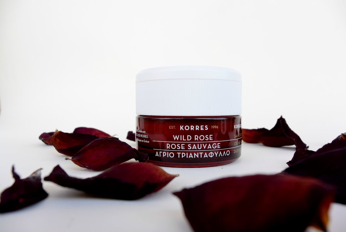 Like a wild rose - Korres (review)