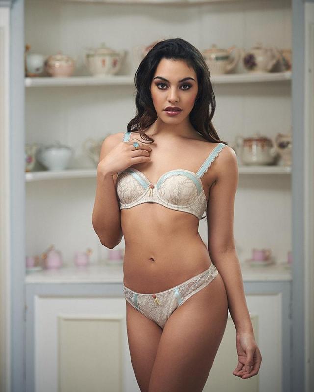 beautiful honeymoon lingerie