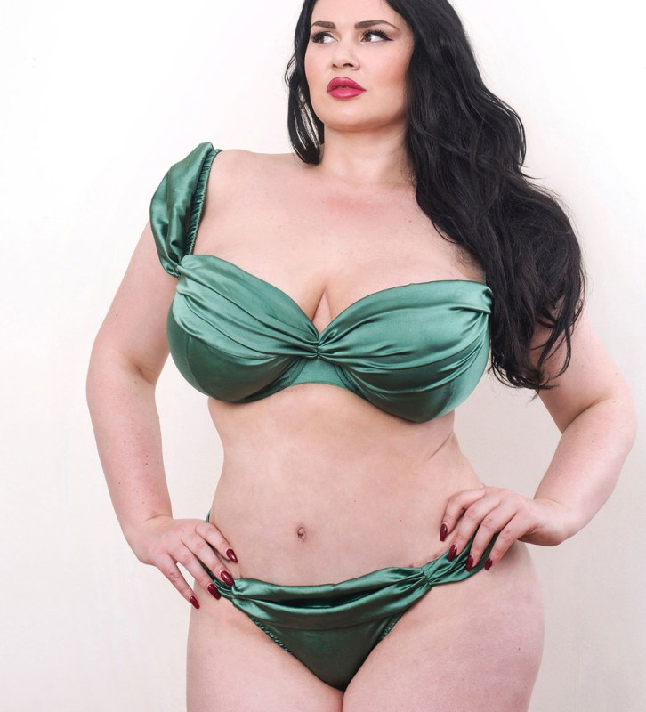 20 Festive Dark Green Lingerie and Nightwear Looks - The Breast Life cf2805f62