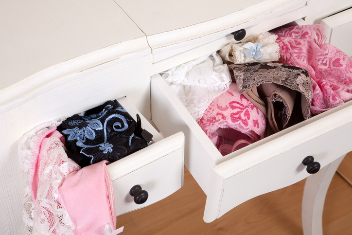 How to Sell Lingerie on eBay  Tips to Get the Best Price - The ... fbae87c02