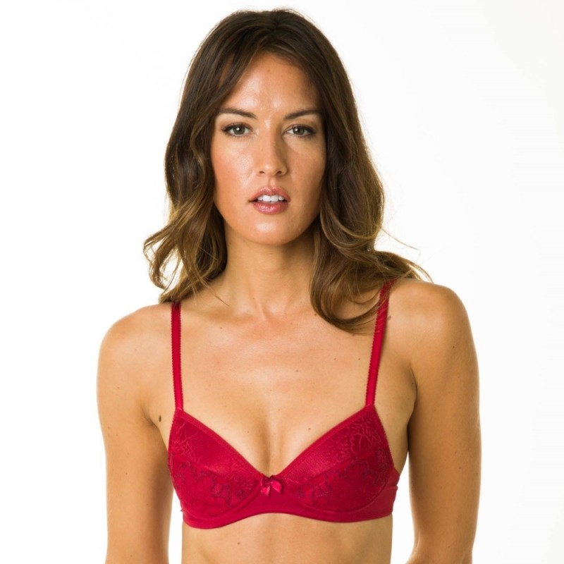 bff897cfd654e 11 Bra Brands for Smaller Busts - The Breast Life