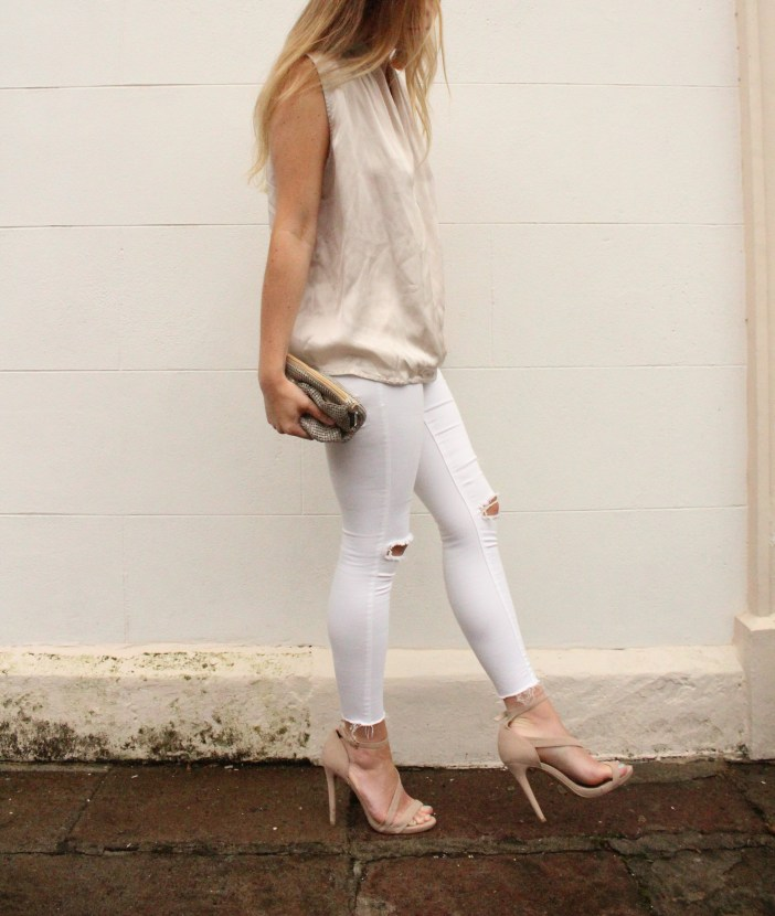 white and gold blouse topshop jeans