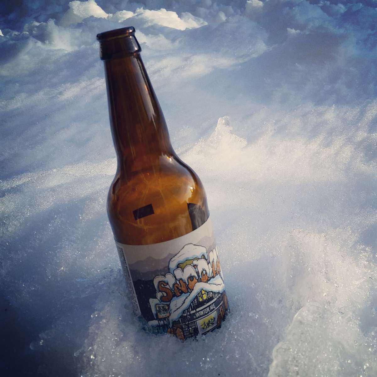 Snowed In with Bend Brewing Sno'd In Winter Ale