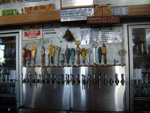 Pizza Port Carlsbad beer taps