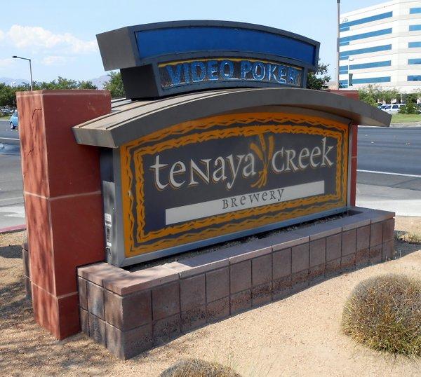 Tenaya Creek Brewery sign