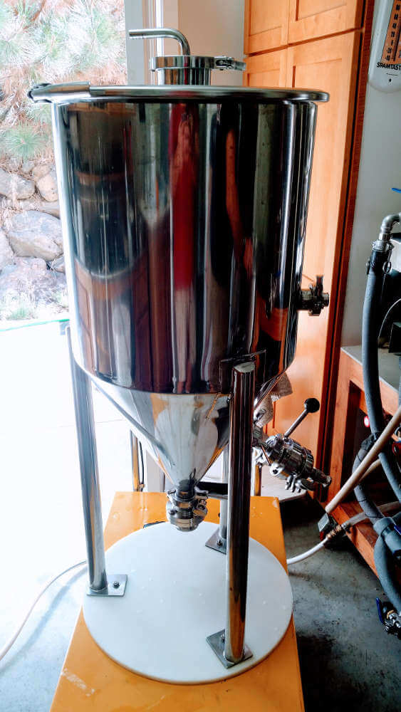 Homebrew Systems: Conical fermenter