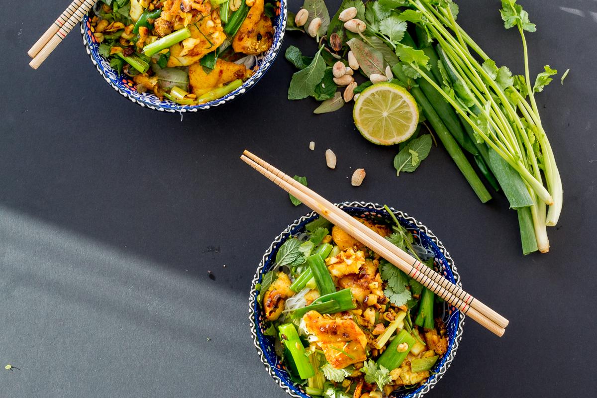 Chả Cá Thăng Long (Vietnamese Turmeric Fish with Dill) - The