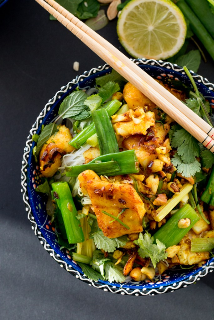 Chả C 225 Thăng Long Vietnamese Turmeric Fish With Dill