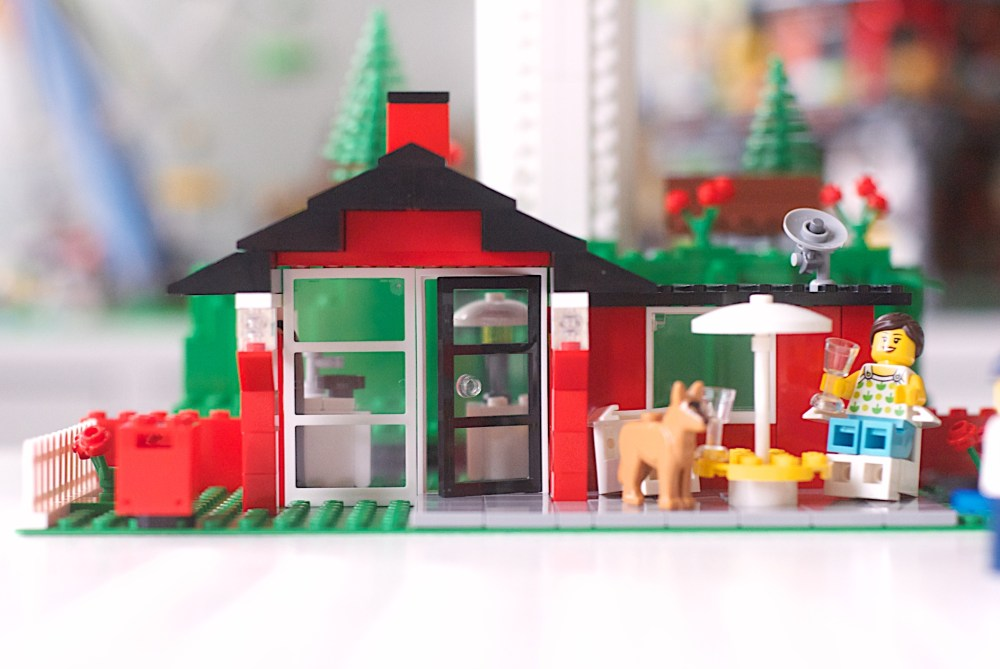A little red LEGO house.